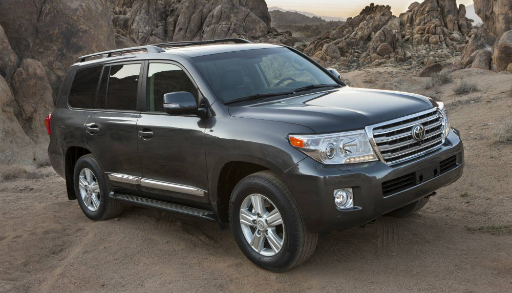 2013_Toyota_Land_Cruiser_014_7856.jpg