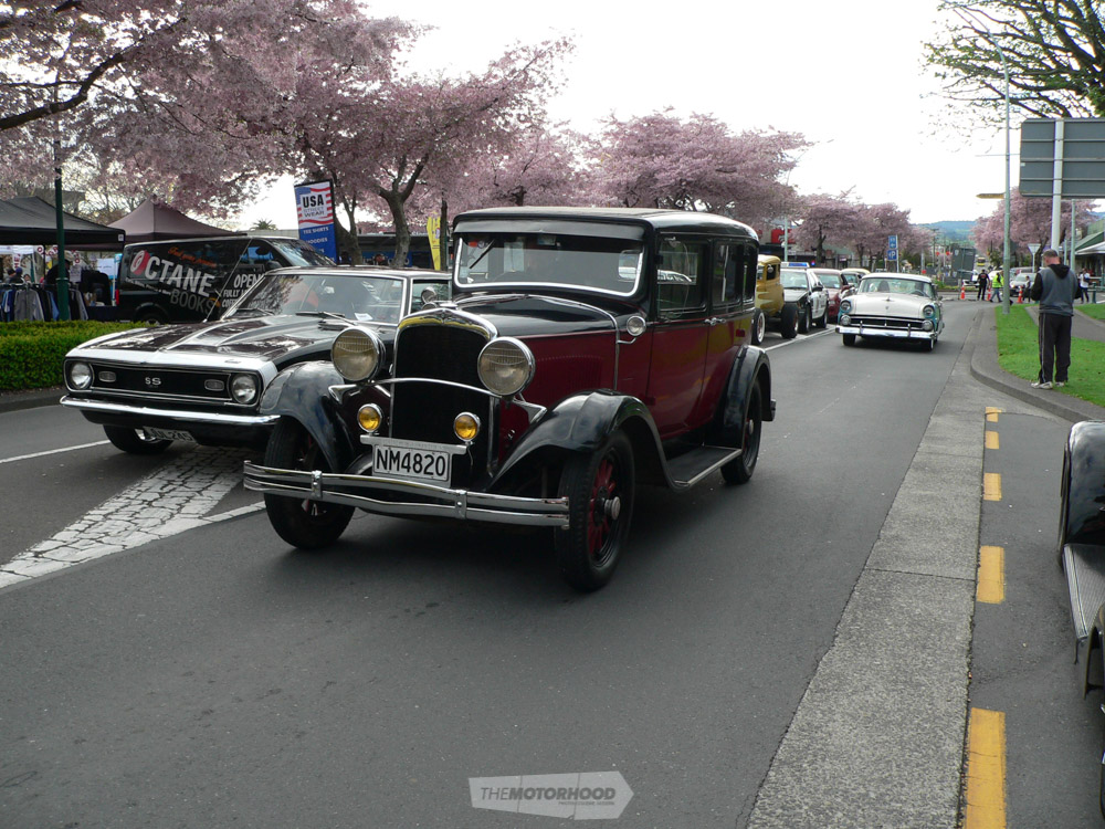 Neil McKnickle arrived in this neat old-timer. His 1929 Dodge DA Sedan.jpg