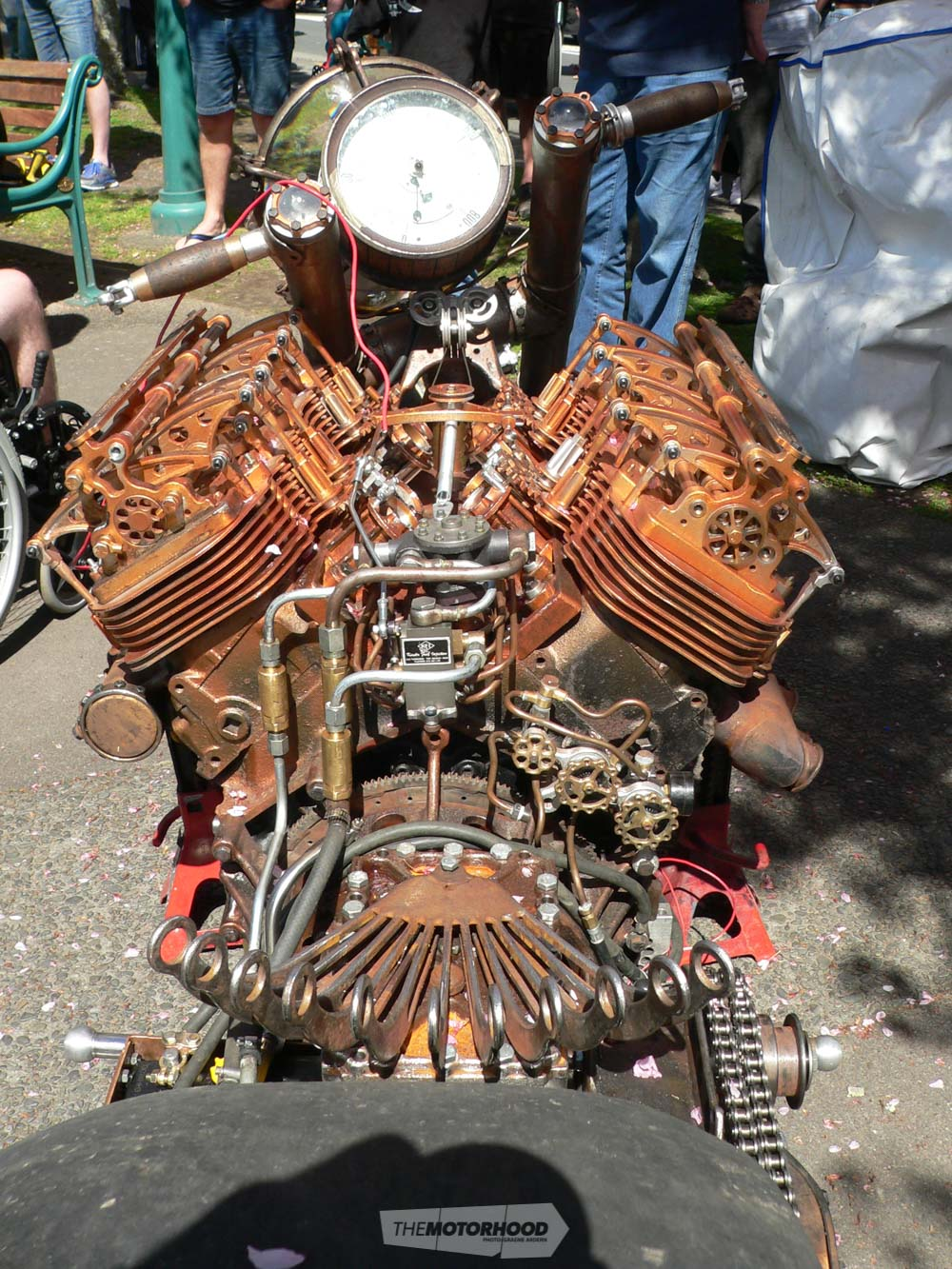 Metz Engineering Steam Punk motorbike. photo 1.jpg