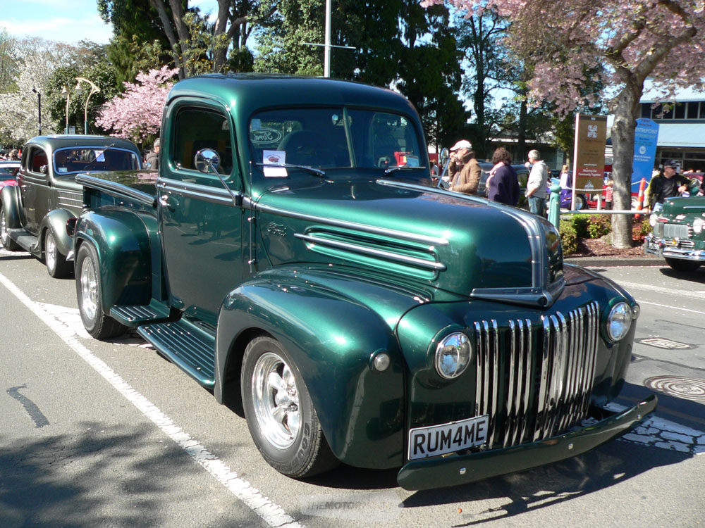 This tidy  green Ford Jail Bar Pickup owned by Scott Lewsley from Katikati was a real nice vehicle.jpg