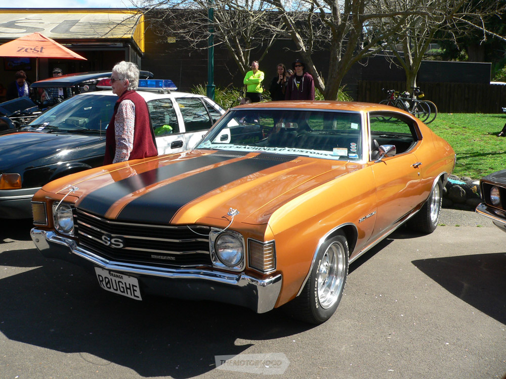 Tony Antz  Frost from SM&Cs TGA owns this gold 1972 SS Chevelle.jpg