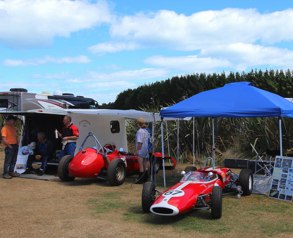 Roger Greaney's (Napier) Lotus 20/22 (#67) with Russ Haines' (Ashburton) Frangapelli Holden in the background