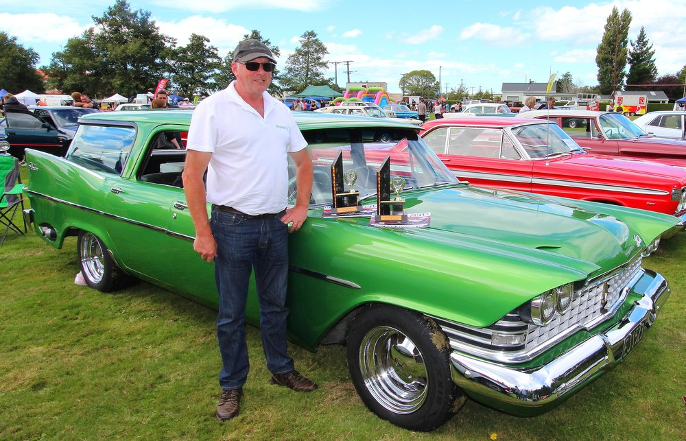 Graham Baird is seriously on the lookout for a trophy cabinet as his amazing Plymouth Suburban scores another two awards: People's Choice and runner-up, Best in Show