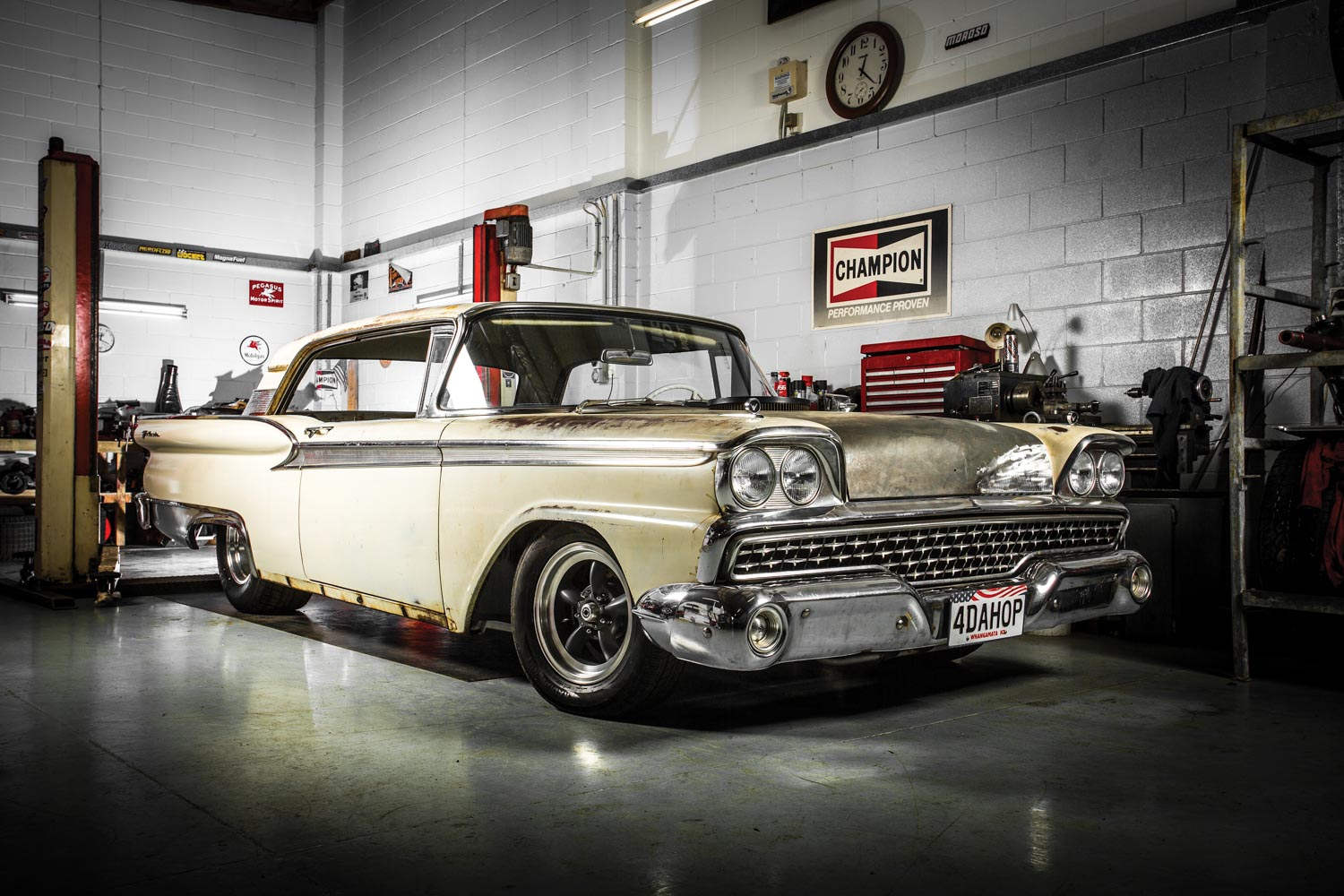 Diamond in the Rough: big, bad, Boss-powered Galaxie — The Motorhood