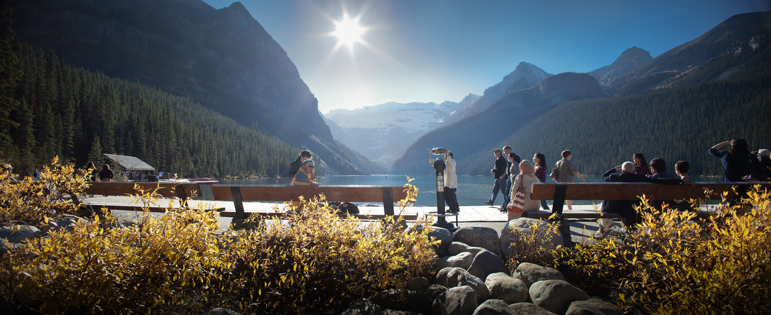 lake louise banff national park gardens and promenade —
