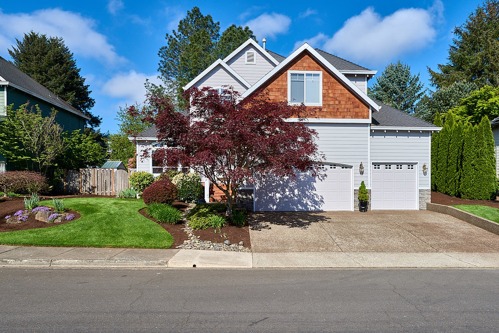 SOLD! Impeccable single owner Renaissance home on cul de sac in Tigard.