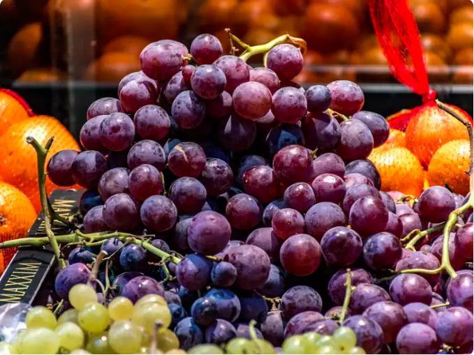 The new year celebrations in Spain revolves around eating grapes. The tradition is about eating 12 grapes at one time and if you are able to do it, you have achieved good luck for the new year.