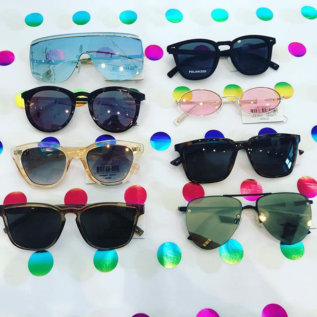 Shades in every shade #mimiandmonyc #longislandcity #mimiandmonyc #newarrivals @lespecs