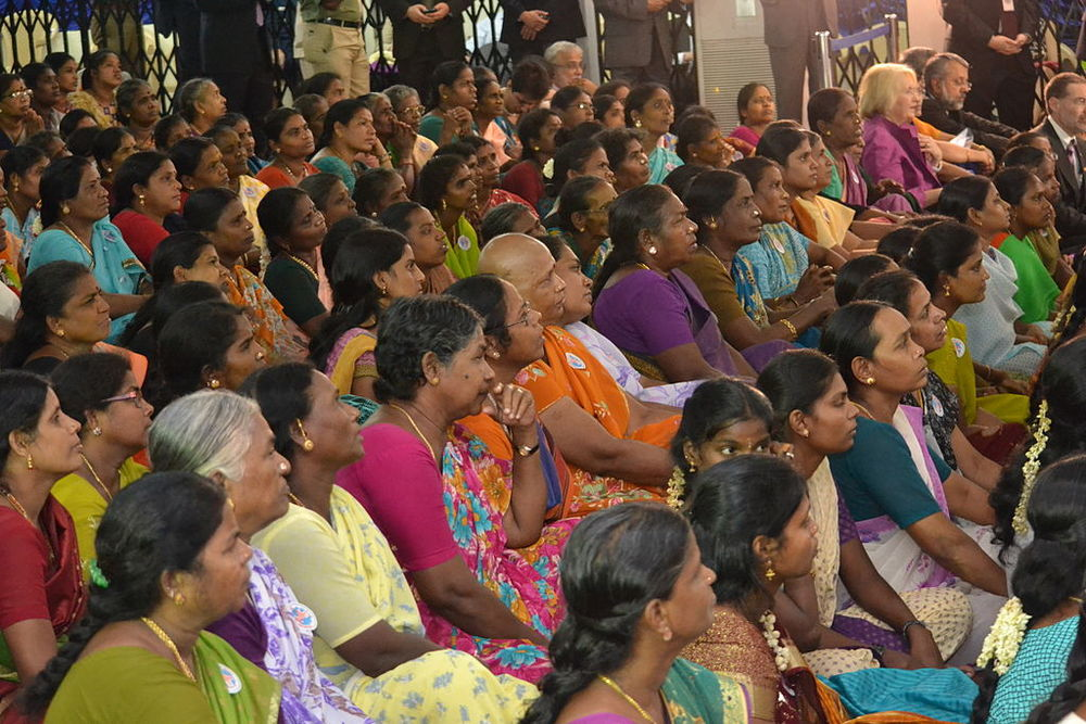 by U.S. Department of State from United States (South Indian Women Listen to Secretary Clinton) [public domain],  via Wikimedia Commons