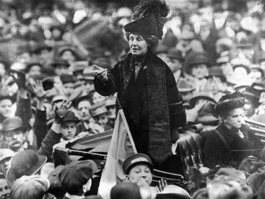 Emmeline Pankhurst addresses a crowd in New York City in 1913