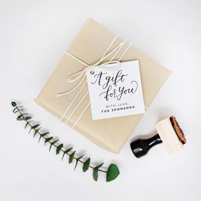 Anyone else always forget the card? 🙋🏻‍♀️ or not want to spend $5+ on a pretty one? Here's a simple solution! Custom gift tag stamps will help you pull together your gift giving - even at the last minute // available personalized or general (sign the giver's name yourself)