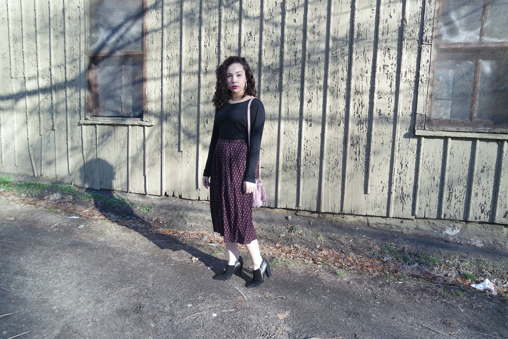 Black Shirt via TJmaxx | Abercrombie and Fitch Culottes via Marshalls (similar here and here)| Shoemint Ankle Booties (old; found them here!) | Zara Suede Bag