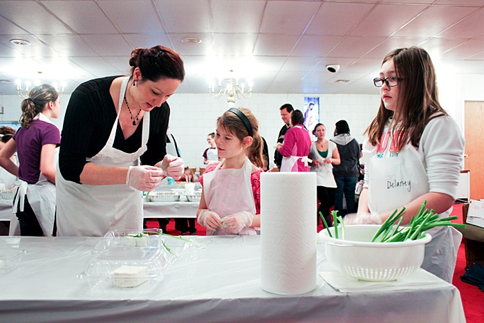 Childrens Table Holiday Event (30 of 57).jpg
