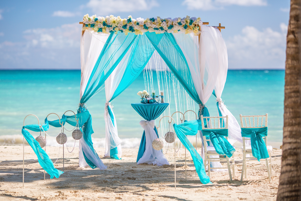 Ocean Blue And White Beach Wedding Weddings In Dr Luxury