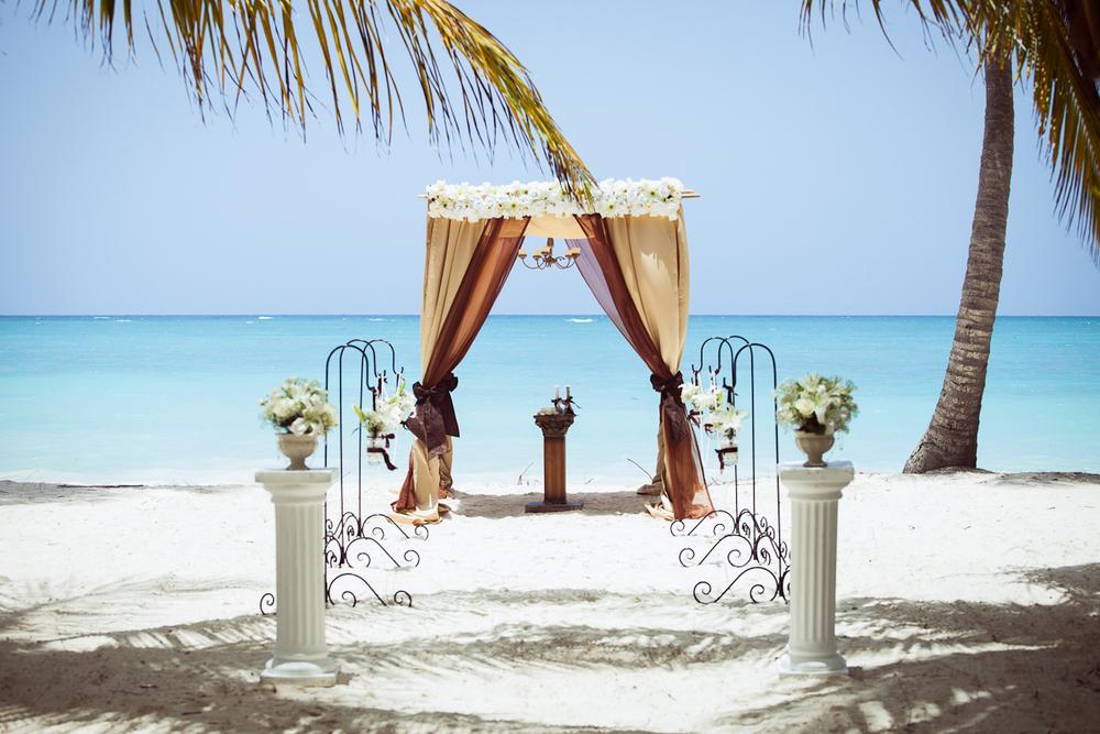 Classic Luxury Beach Wedding In Punta Cana Weddings In DR