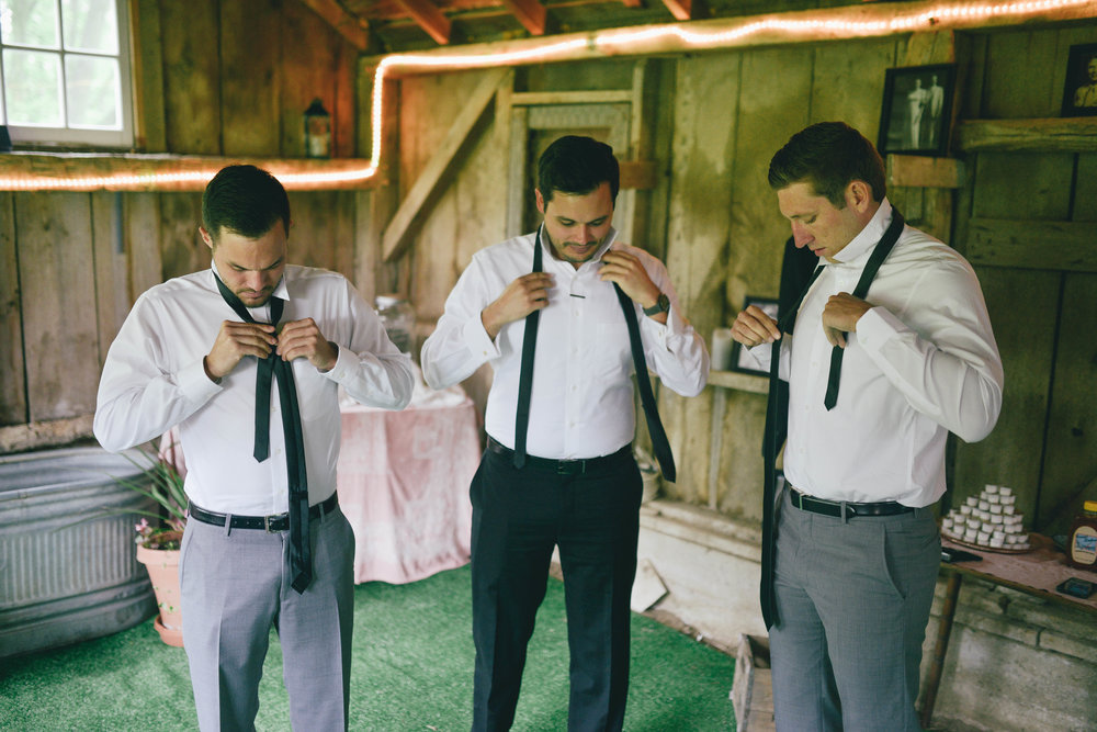 I had the honor to hang out with the guys while they got ready (check out Lucy Pearl Photography to see the ladies!!) this was so fun for me since my cousin was the groom, my other cousin was the best man, and my husband was a groomsmen (seriously some of my #BFFs)