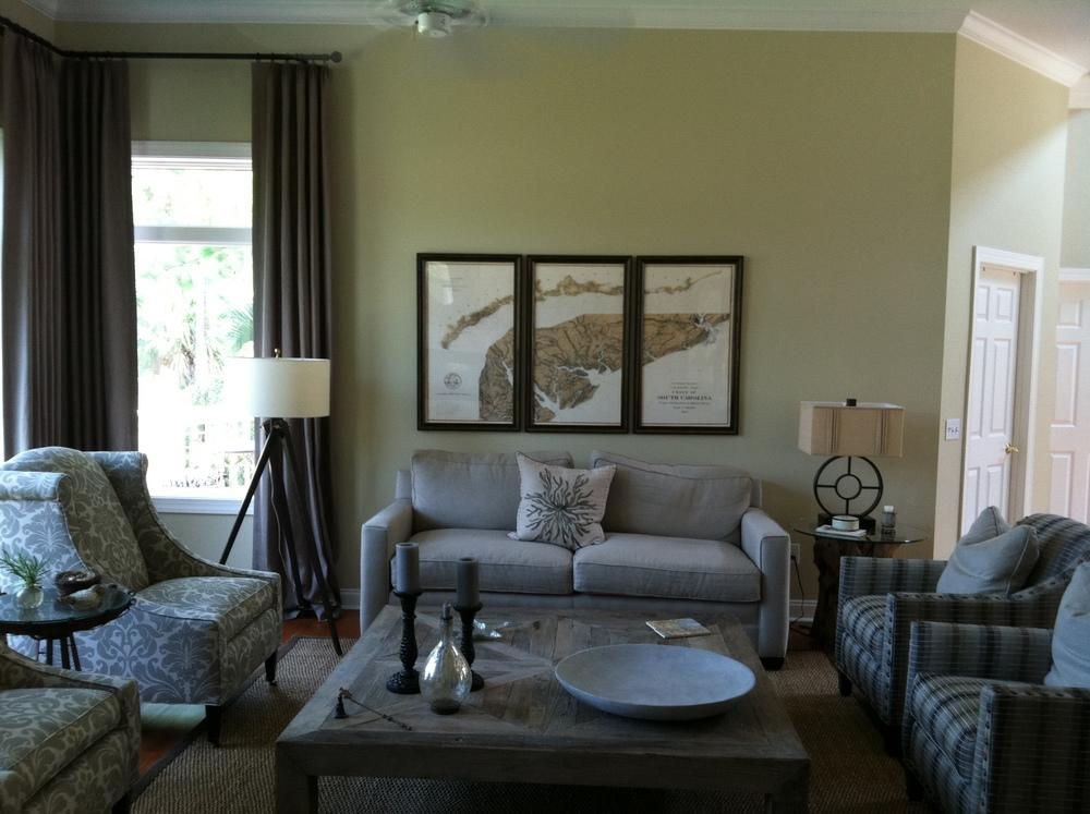 Loudenslagel Living Room