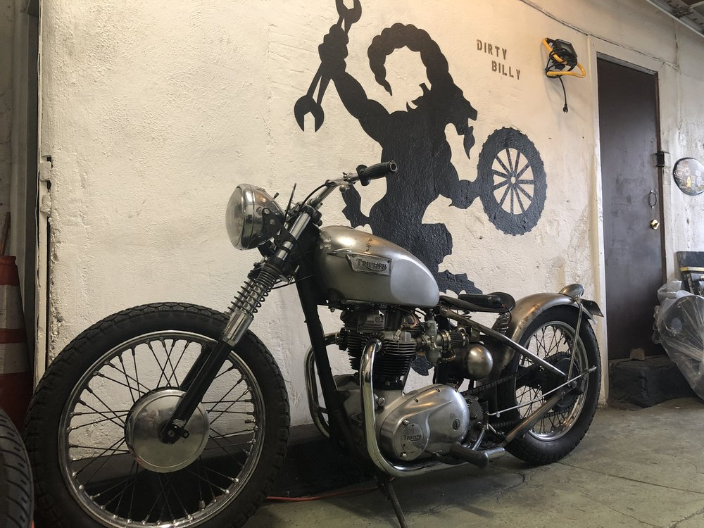 Dirty Billy Brooklyn Community Service Garage NYC 1968 Triumph Hard Tail Custom Moto.jpg
