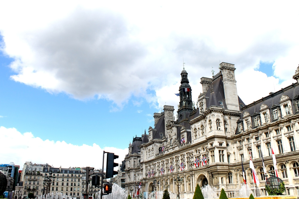 While searching for Le Marais, we found the Hotel de Ville. So beautiful!