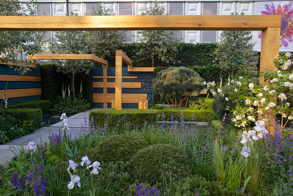 Detail Collective | Chelsea Flower Show 2014 | The Extending Space Garden by Daniel Auderset & Nicole Fischer | Photo: RHS