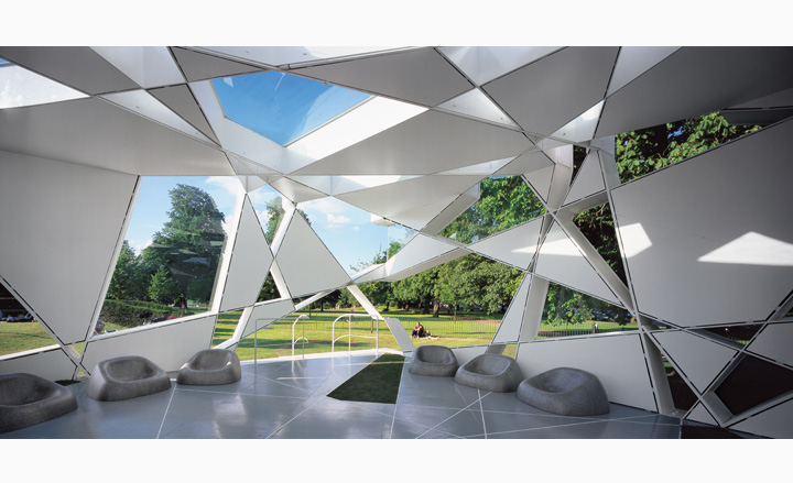 Detail Collective | Outside Spaces | The Serpentine Pavilion 2002 | Image: Wallpaper