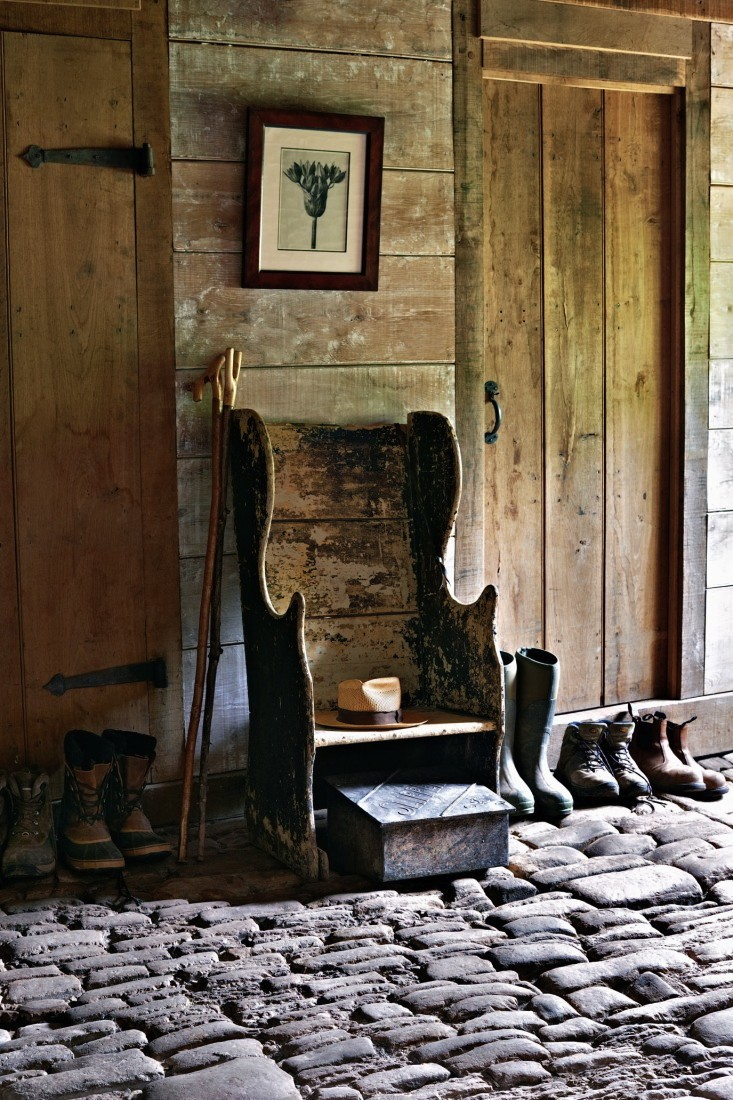 Detail Collective | Outside Spaces |   Arne Maynard'  s Garden | Image :   Tom Mannion   via   Gardenista