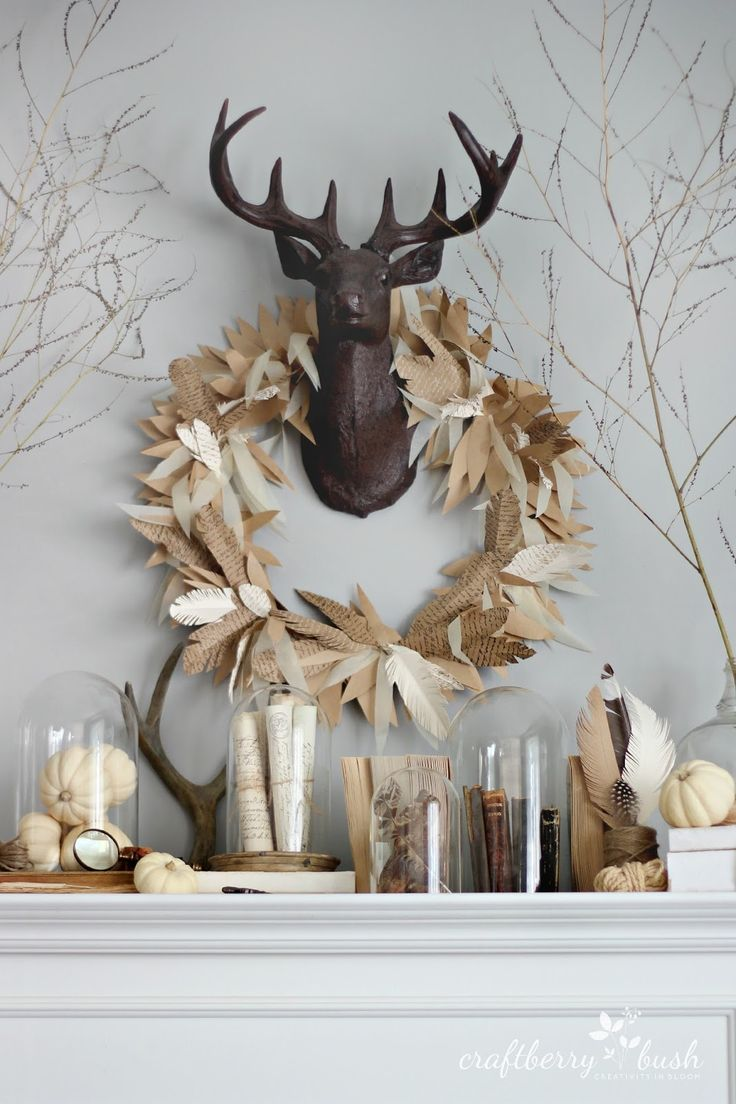 Detail Collective | Share the Love | Contemporary Christmas Wreaths | Image:   Pinterest see   here   for source