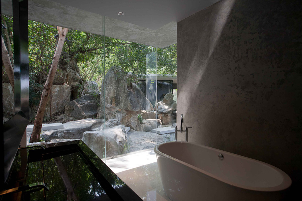 Detail Collective | Lifestyle | Thai Design | HillTop House | Image: via  ArchDaily