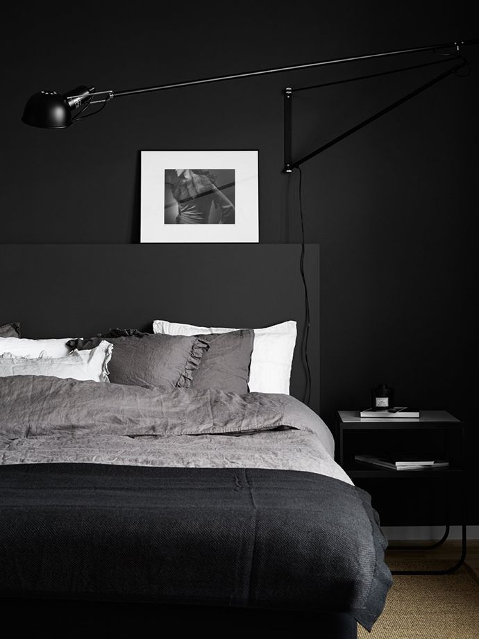 Detail Collective | Interior Spaces | Back to Black in the Bedroom | Image: Kristofer Johnsson via My Dubio