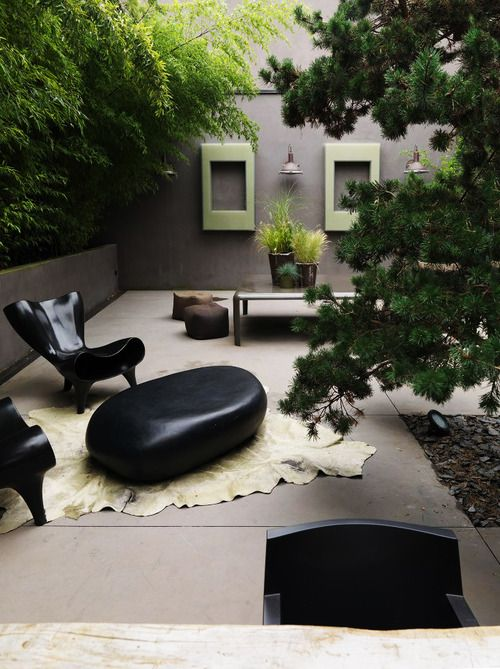 Detail Collective | Outside Spaces | No-Grass Gardens | Image/Design: Laurence Simoncini garden