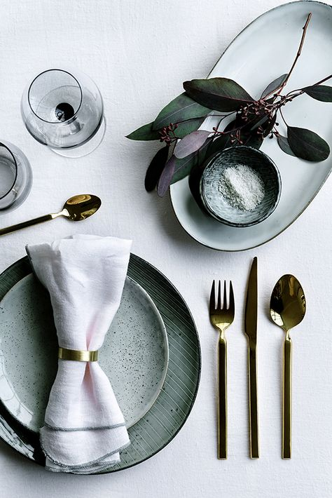 Detail Collective | Lifestyle | Holiday Entertaining - Table Design | Image: via  My Paradissi