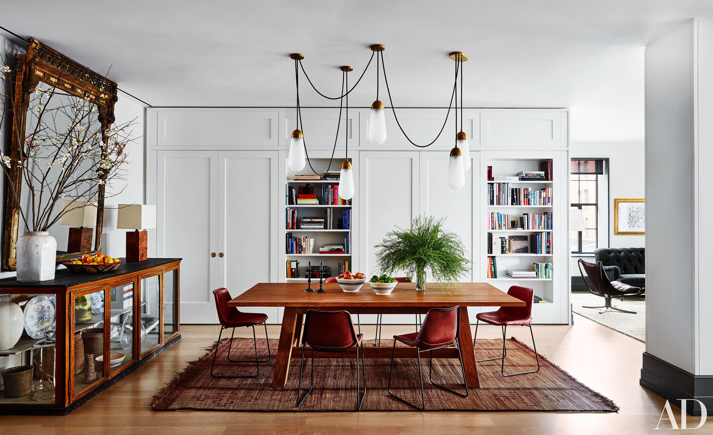 Interior spaces manhattan tribeca apartment detail for Manhattan interior designs