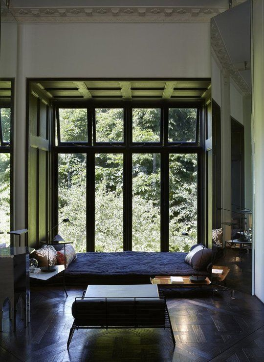 Detail Collective | Blog | Interior Spaces | Window Seats | Image: via  Apartment Therapy