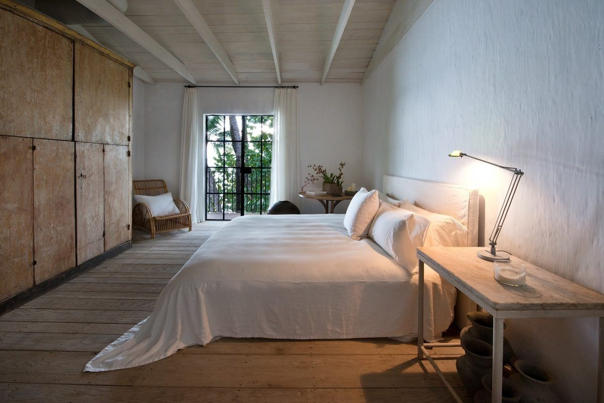 Calvin Klein's Miami Home by Axel Vervoordt| Image:Curbed