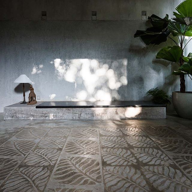 [BLOG] : Thong House Vietnam by Nishizawa architects - never far from tropical lushness with repeated leaf motif used throughout - check out the floor #Nishizawaarchitects 📷#Hiroyuki Oki