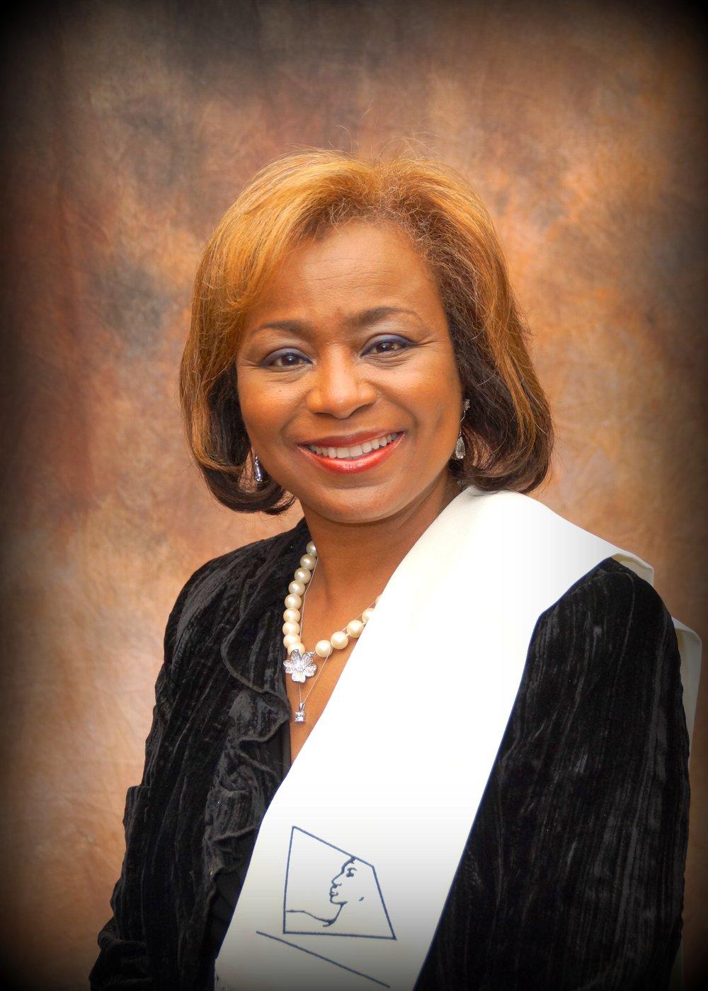 Immediate Past President  Sharolyn Smith