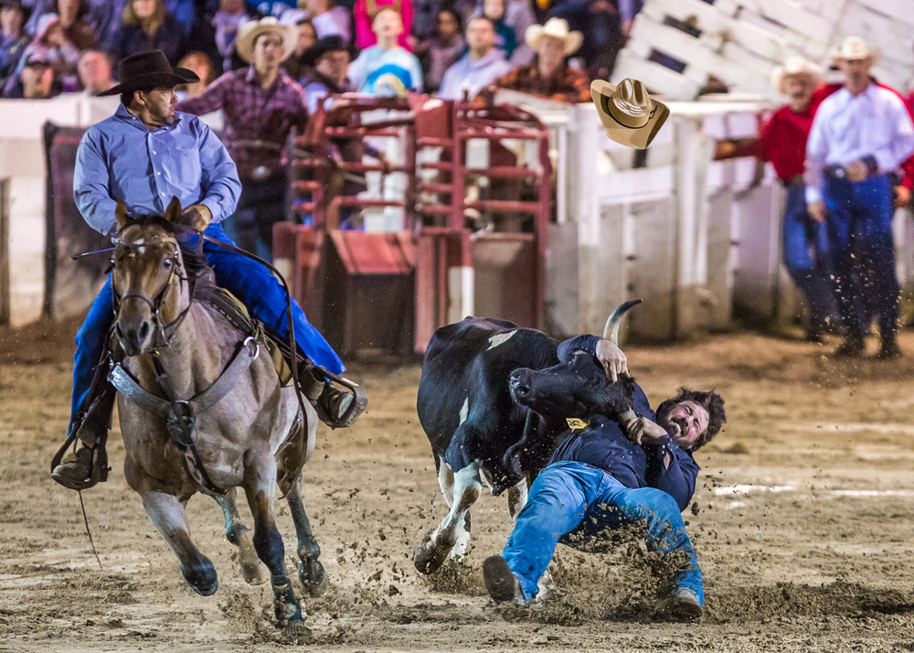 Dustin-DeYoe-Photography-Steer-Wrestling-14.jpg