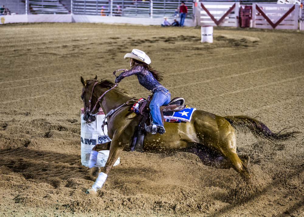 Dustin-DeYoe-Photography-Barrel-Racing-4.jpg