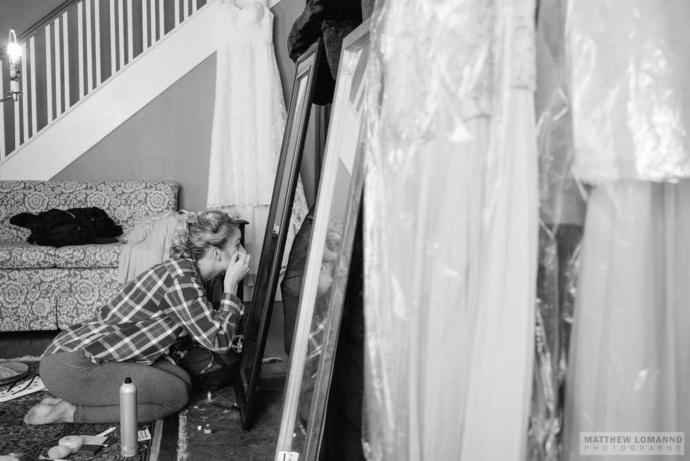Megan&Rob_wedding_prep_by_Lomanno_0025_web.jpg