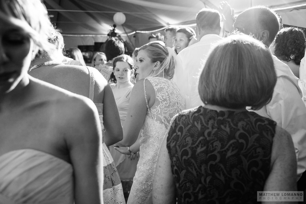 Madeline&Gerin_reception_by_Lomanno_0116_web.jpg