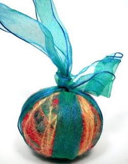 Ornament+2005+1.jpg