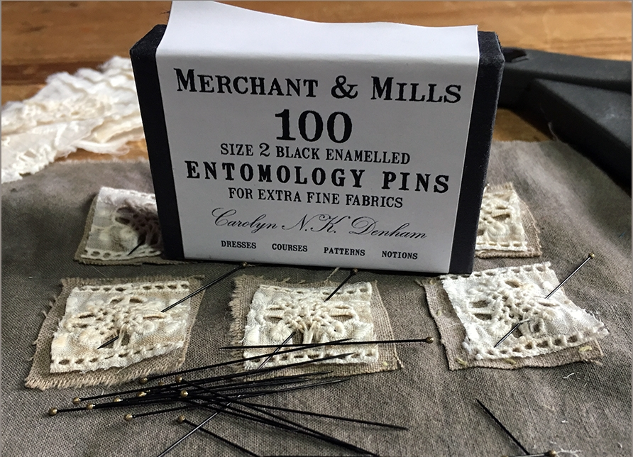 I'M LOVING MY NEW PINS FROM MERCHANT & MILLS. THEY MAKE ALL MY OTHER PINS SEEM ABSOLUTELY BRUTISH.