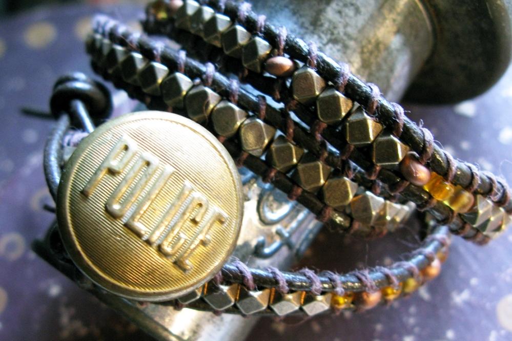 wrap bracelet - police.jpg