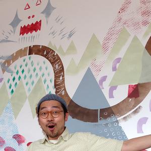 大西 洋 Onishi,Yo   イラストレーター  1976年東京生まれ。東京芸術大学デザイン科卒業。デザイン事務所を経て、フリーのイラストレーター。現在、広告や雑誌などに制作活動中。  創作漫画集団『mashcomix』では、taisei-yo!名義で活動中   www.mashcomix.com   2008年HBギャラリーファイルコンペ仲條正義賞大賞、2009年同コンペ藤枝リュウジ賞特別賞。   www.yoonishi.net