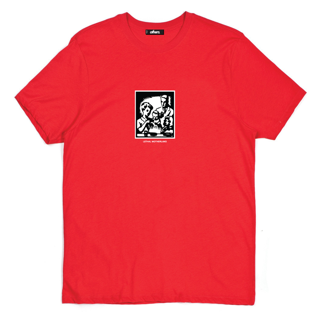 PICTURE PERFECT T SHIRT [RED]