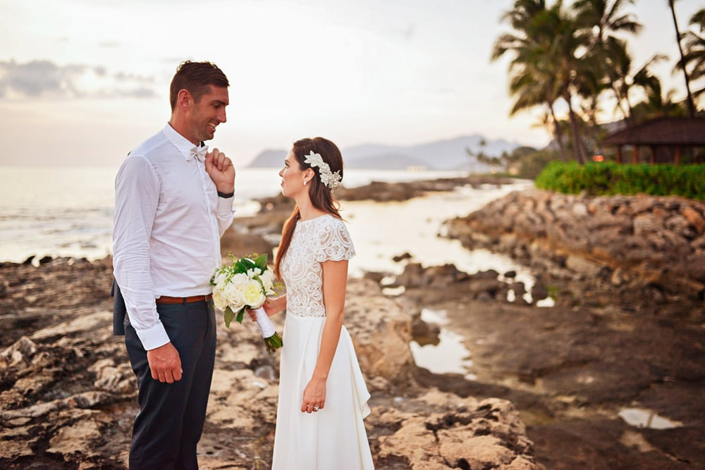 lanikuhonua beach wedding oahu hawaii stephen ludwig020.jpg