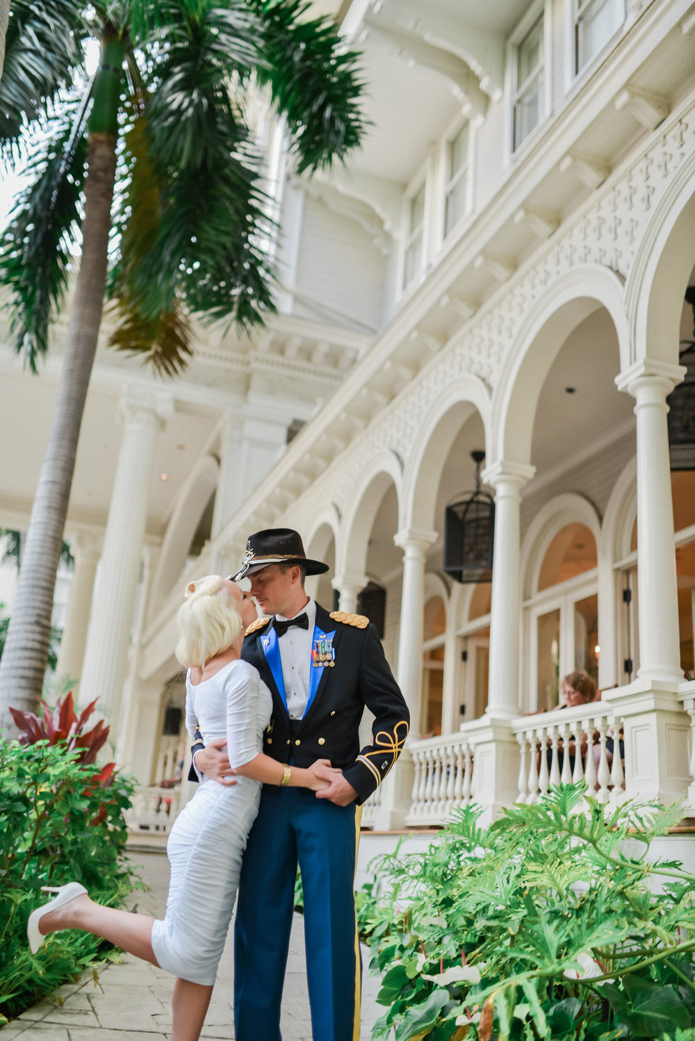moana surfrider hotel wedding oahu hawaii stephen ludwig photography (33).jpg