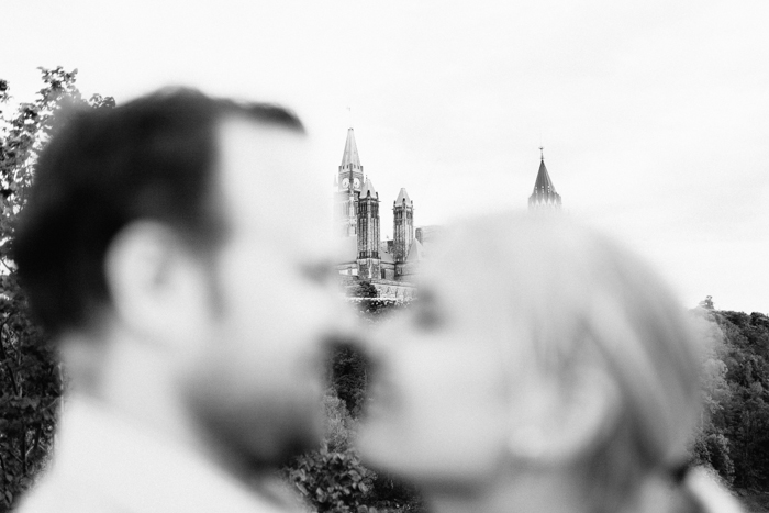 Parliament Hill Engagement Photos Ottawa - isos photography