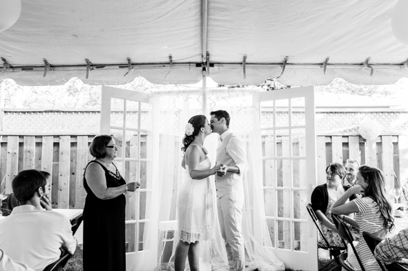Wedding Kiss Pictures - isos photography