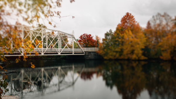 Fall Engagement Ottawa Minto Bridge - isos photography